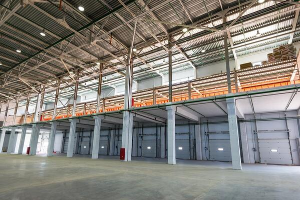 wareouse-mezzanine-systems-improve-space-without-high-costs.
