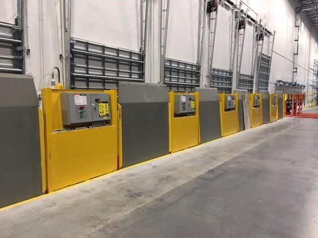 Vertical Storing Hydraulic Dock Leveler